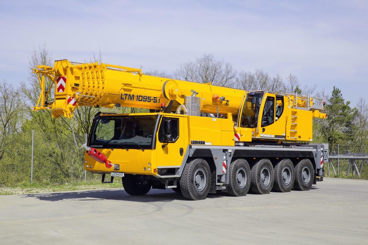 Liebherr LTM 1095
